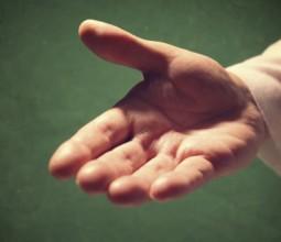 hand_jesus-594x350